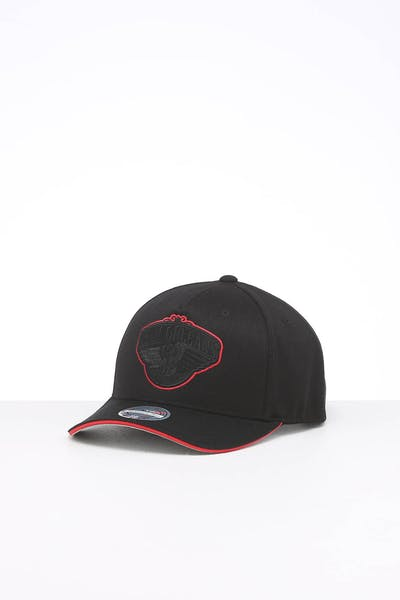 Mitchell & Ness New Orleans Pelicans Team POP Snapback Black