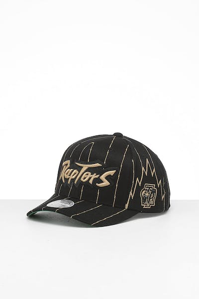 Mitchell & Ness Toronto Raptors City 6 Panel 110 Flexfit Snapback Black