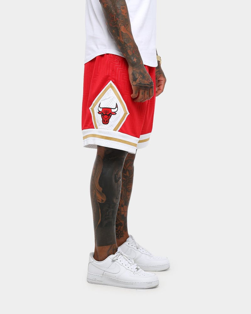 Mitchell & Ness Chicago Bulls CNY Swingman Short Red