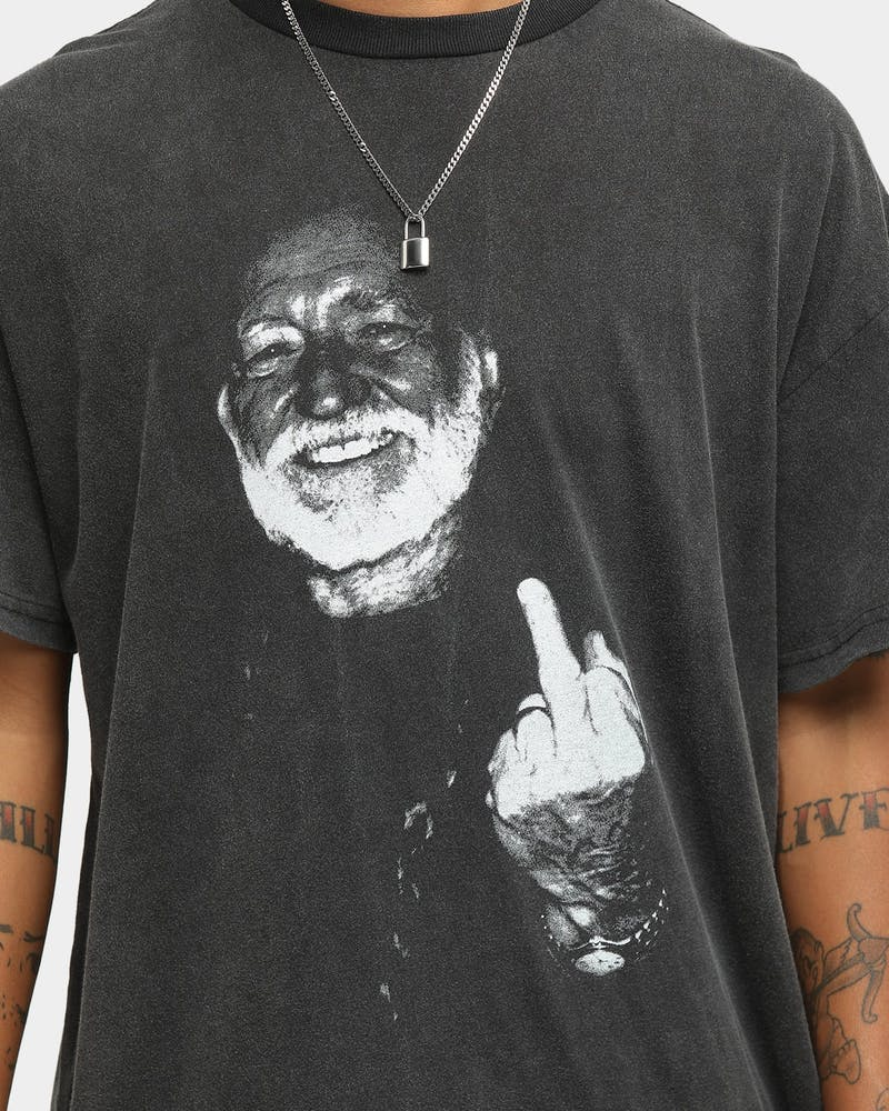 WILLIE NELSON Finger Short Sleeve Vintage T-Shirt Washed Black