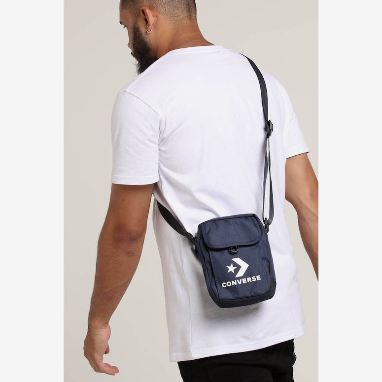 bc239ae31574 Converse Cross Body Navy – Culture Kings