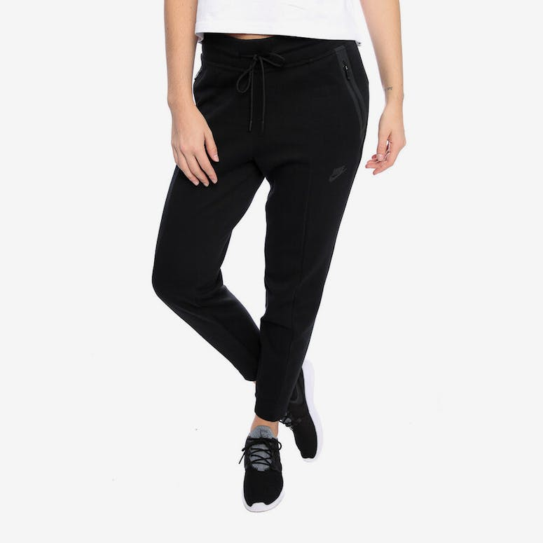 393caf9889 Nike Women s Tech Fleece Pant Black Black – Culture Kings