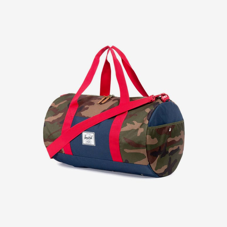 Sutton Duffle Camo/navy/red
