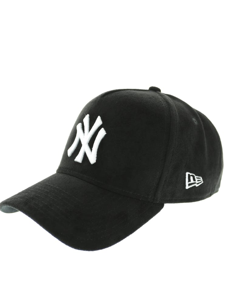 New Era Yankees 9FORTY A-Frame Suede Snapback Black