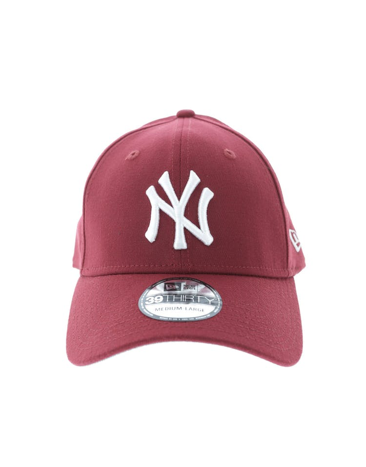 7a5d40dd783 New Era New York Yankees Grey Undervisor 3930 Fitted Cardinal – Culture  Kings