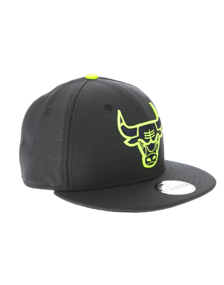 c63a068ac8ea37 New Era Chicago Bulls Youth Neon Pop 9FIFTY Snapback Navy – Culture ...