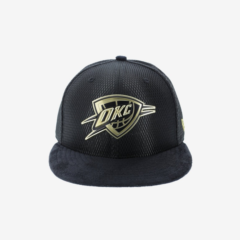 New Era Oklahoma City Thunder 59FIFTY Fitted Black Gold – Culture Kings 0280ae63d18d