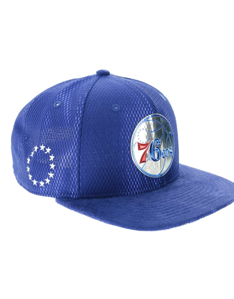 best website c71c6 7140e New Era Philadelphia 76ers 9FIFTY Original Fit On-Court Collection Draft  Snapback Royal