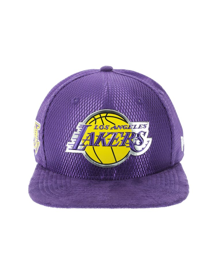premium selection 5b513 84c8b New Era Los Angeles Lakers 9FIFTY Original Fit On-Court Collection Dra –  Culture Kings