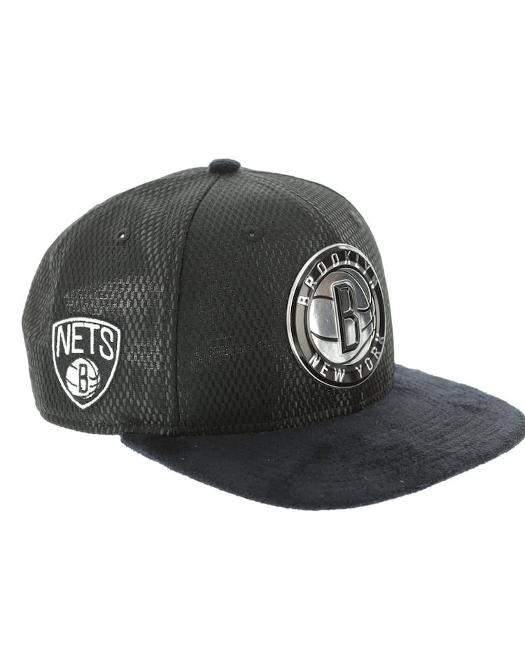 reputable site 59ced f21c0 New Era Brooklyn Nets 9FIFTY Original Fit On-Court Collection Draft  Snapback Black