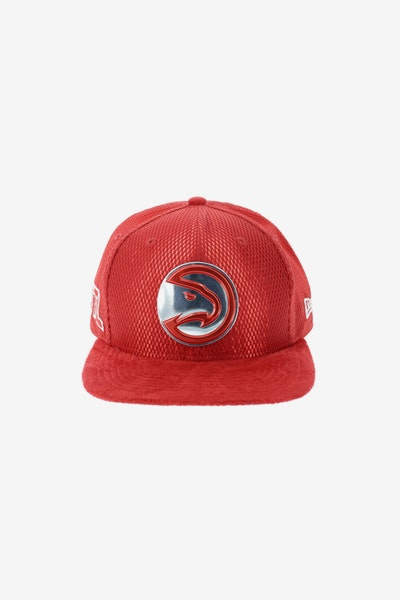 New Era Atlanta Hawks 9FIFTY Original Fit On-Court Collection Draft Snapback Red
