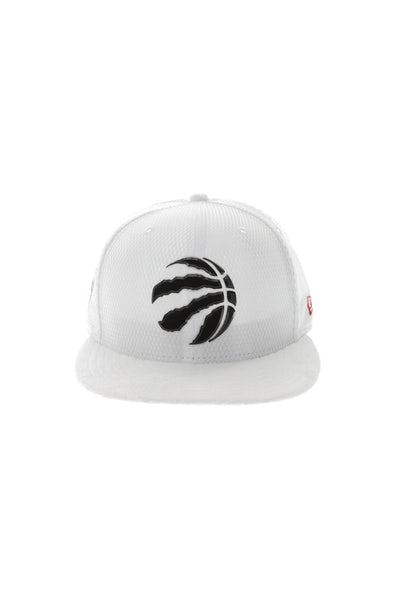 New Era Toronto Raptors 9FIFTY On-Court Collection Draft Snapback White