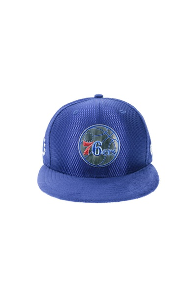 New Era Philadelphia 76ers 9FIFTY On-Court Collection Draft Snapback Royal