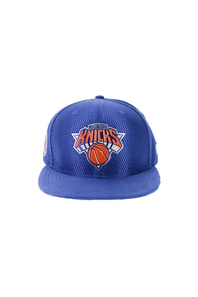 New Era New York Knicks 9FIFTY On-Court Collection Draft Snapback Royal