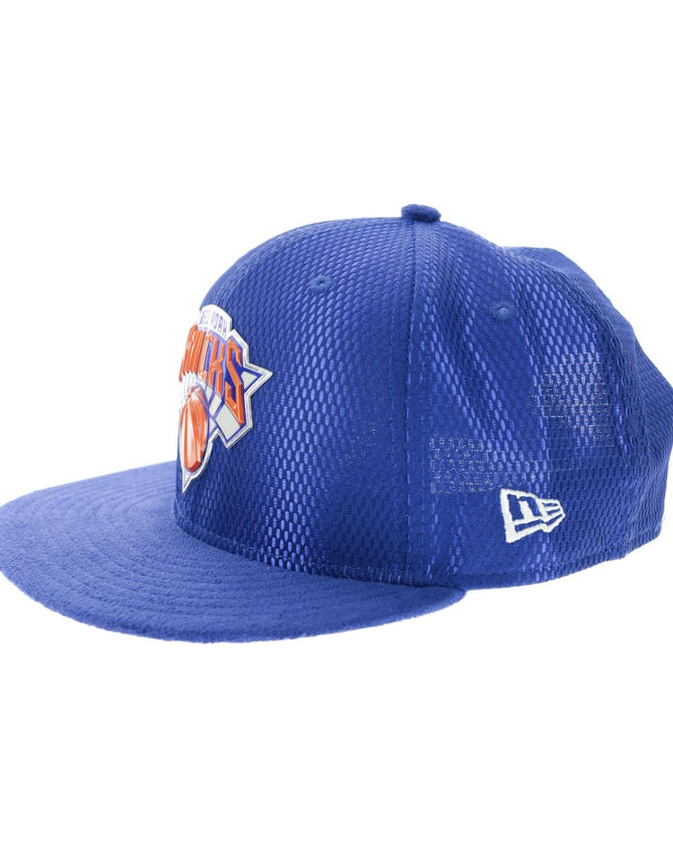 size 40 593a3 064d3 New Era New York Knicks 9FIFTY On-Court Collection Draft Snapback Royal