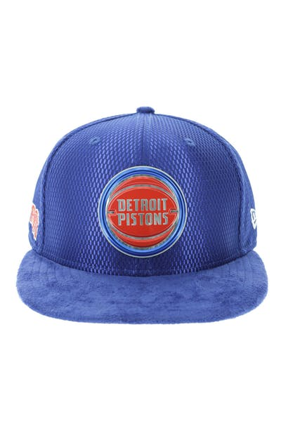 c6a9b9af779 New Era Detroit Pistons 59FIFTY Fitted On-Court Collection Draft Navy