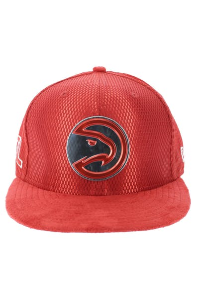 New Era Atlanta Hawks 9FIFTY On-Court Collection Draft Snapback Red