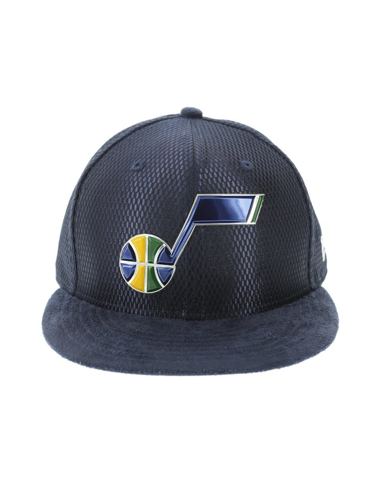 cheap for discount 7ab53 b4b19 New Era Utah Jazz 59FIFTY Fitted On-Court Collection Draft Navy – Culture  Kings