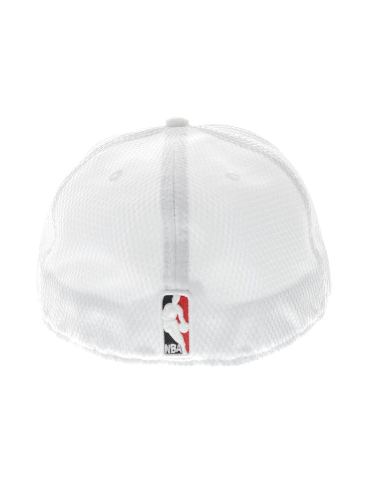 45bf1f7bbcb New Era Toronto Raptors 59FIFTY Fitted On-Court Collection Draft White