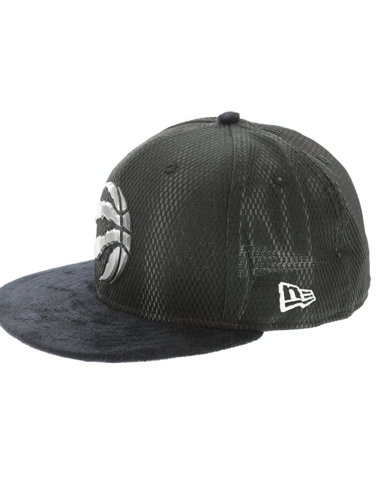c0c8893f3ee New Era Toronto Raptors 59FIFTY Fitted On-Court Collection Draft Black