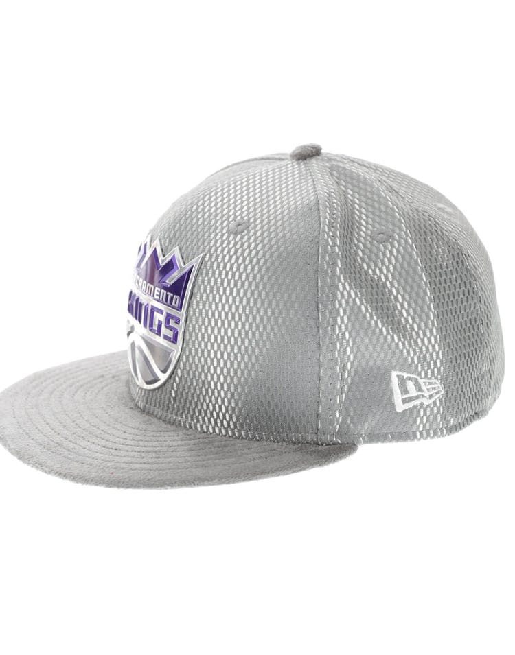 newest c8e28 15168 New Era Sacramento Kings 59FIFTY On-Court Collection Draft Grey