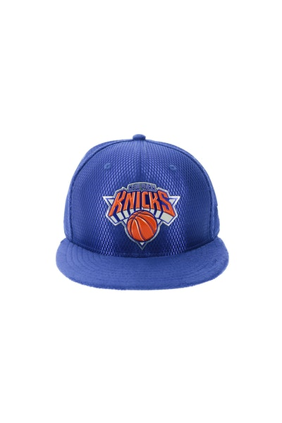 New Era New York Knicks 5950 On-Court Collection Draft Royal