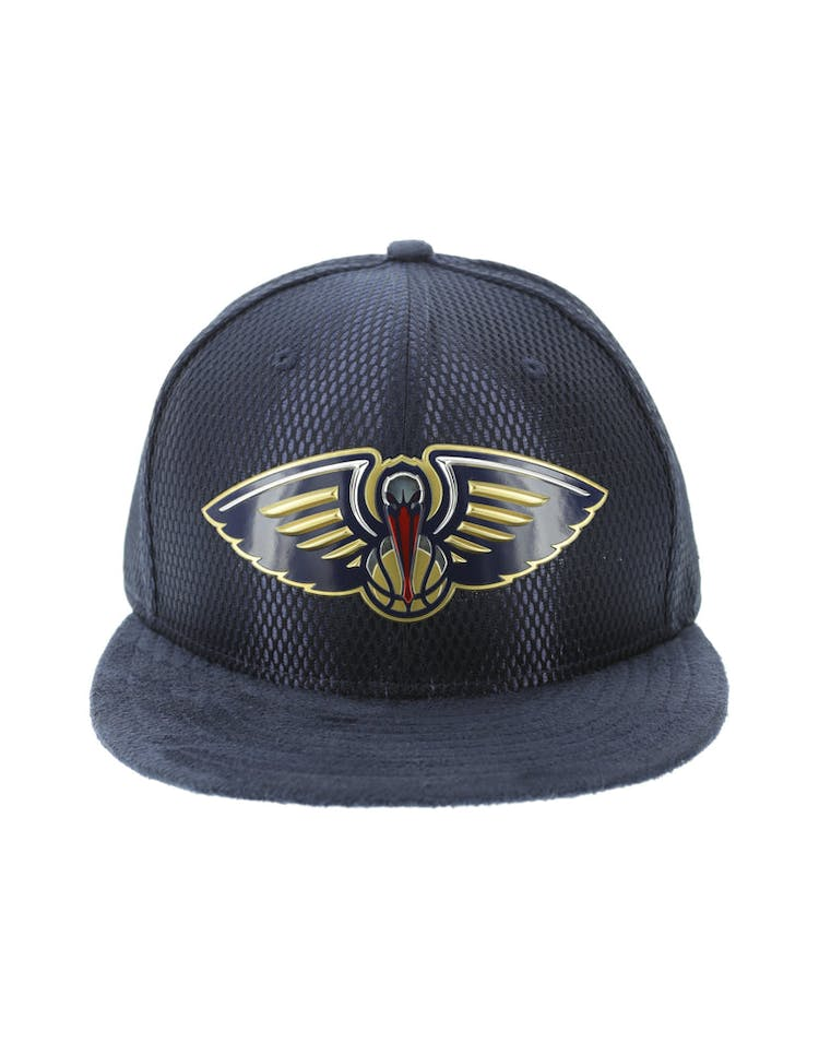 50b9a8bfe6316 New Era New Orleans Pelicans 59FIFTY On-Court Collection Draft Navy –  Culture Kings