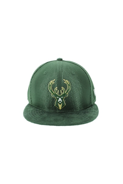 New Era Milwaukee Bucks 5950 On-Court Collection Draft Green