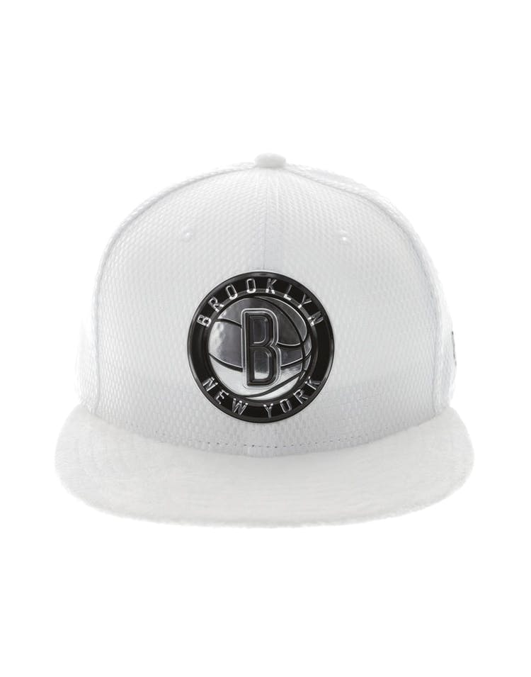new product 03b0f 46cae New Era Brooklyn Nets 59FIFTY Fitted On-Court Collection Draft White –  Culture Kings