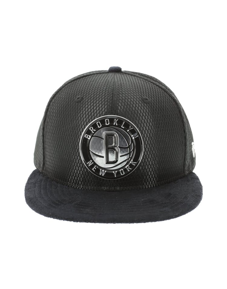 uk availability ce27d 916e8 New Era Brooklyn Nets 59FIFTY Fitted On-Court Collection Draft Black –  Culture Kings