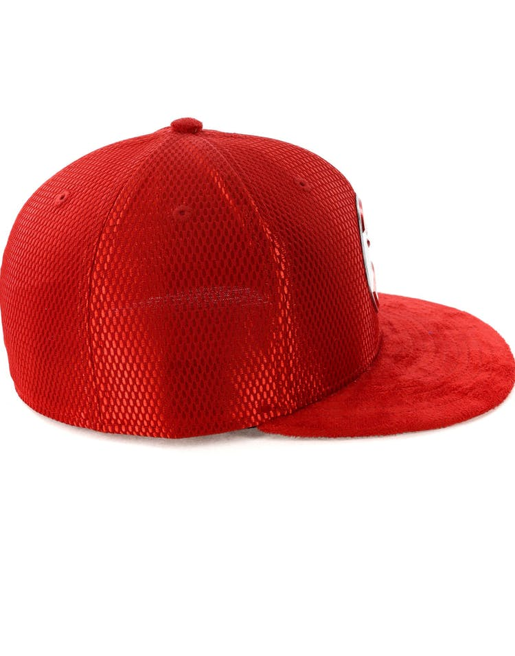 85259a56086675 New Era Atlanta Hawks 59FIFTY Fitted On-Court Collection Draft Red –  Culture Kings