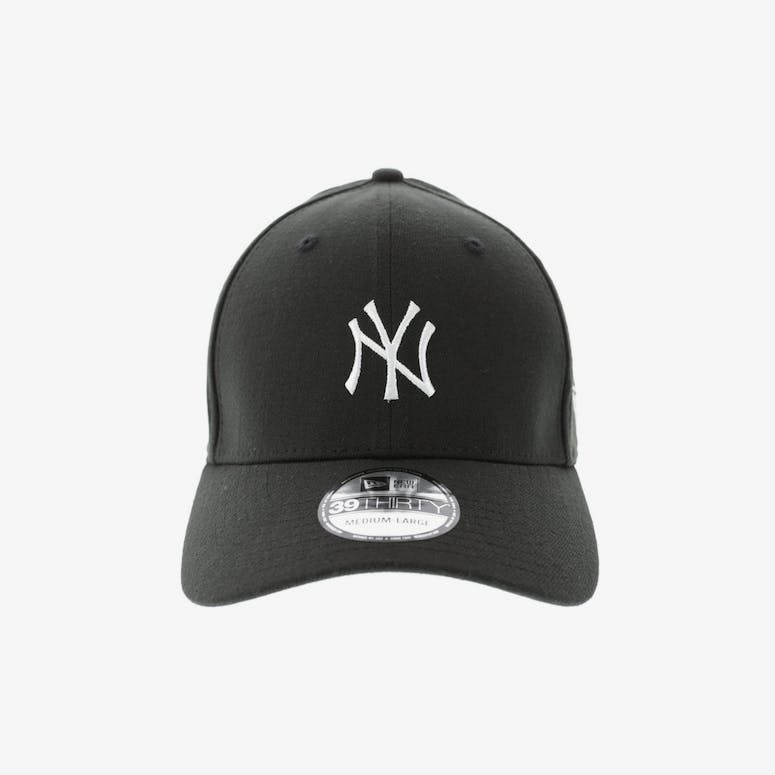 New Era Women s New York Yankees 3930 Black – Culture Kings cea23e14ed