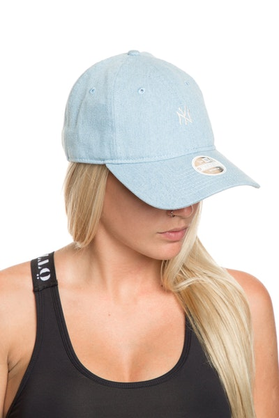 New Era Women's New York Yankees 920 Strapback Denim/Navy
