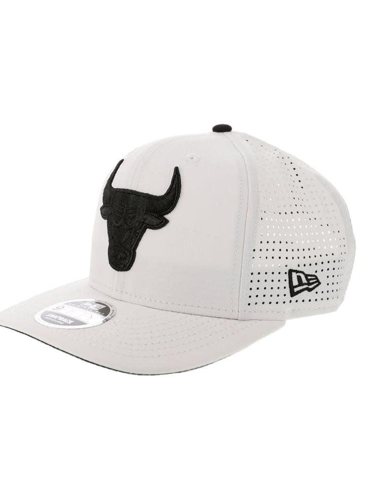 f1cde2e3686 New Era Chicago Bulls 9FIFTY Original Fit Precurve Snapback White ...