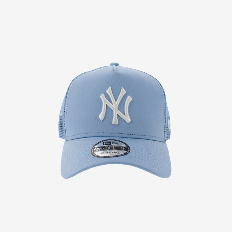 New Era New York Yankees 9FORTY A-Frame Trucker Snapback Light Blue –  Culture Kings 208dc35904b