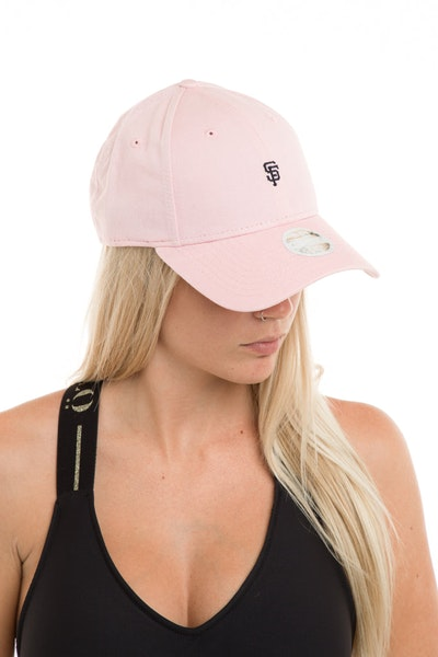 New Era Women's San Francisco Giants 940 Strapback Washed Quartz
