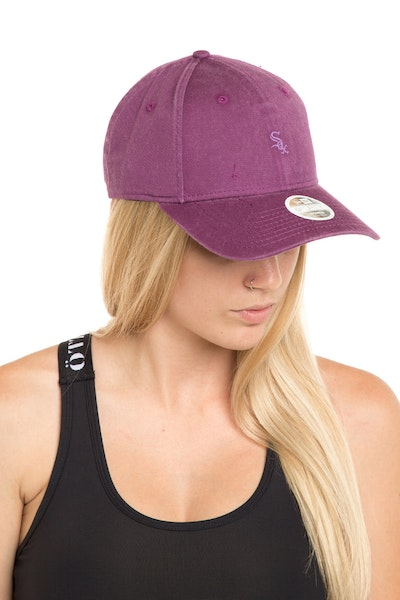 New Era Women's Chicago White Sox 940 Strapback Burgundy