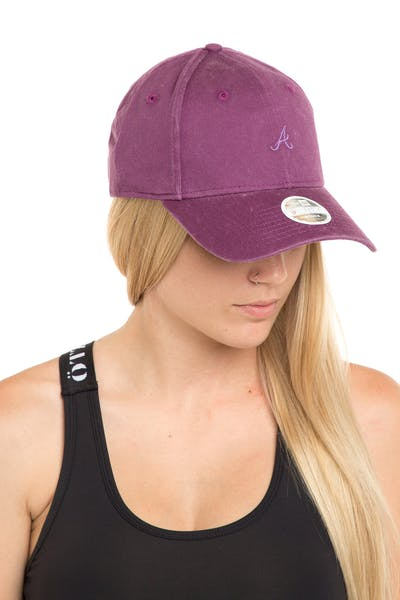 New Era Women's Atlanta Braves 9FORTY Strapback Burgundy