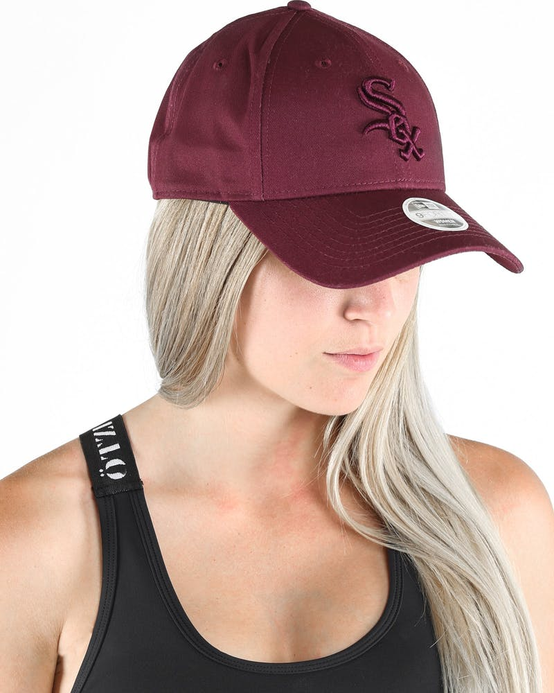 NEW ERA WHITESOX LADIES TONAL 9FORTY STRAPBACK MAROON