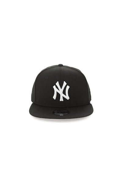 New Era Youth New York Yankees 950 Perforated Snapback Black