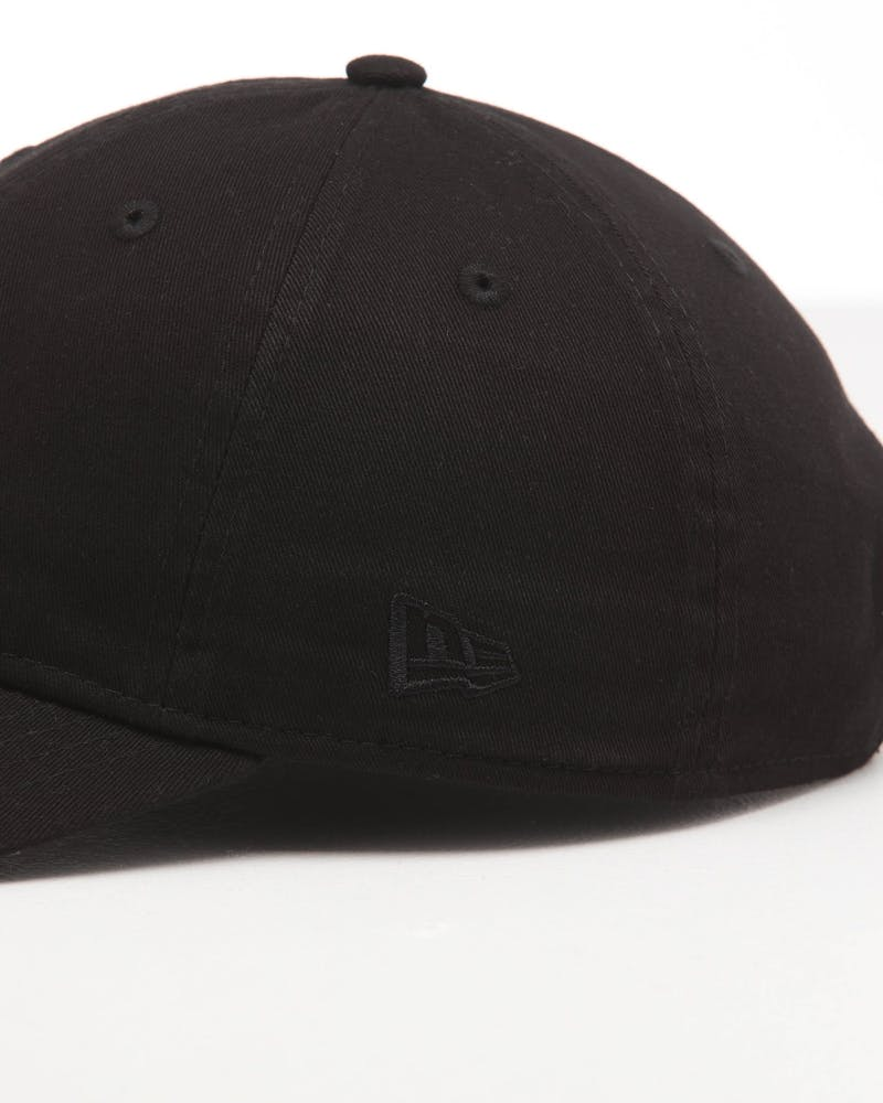NEW ERA BROOKLYN NETS 9TWENTY STRAPBACK BLACK/BLACK