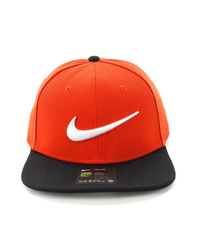 af590bf95cb90 Nike U NK Pro Cap Swoosh Classic Habanero Red/Black – Culture Kings