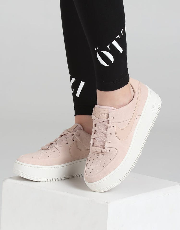 premium selection f0c30 9d640 Nike Women's Air Force 1 Sage Low Beige/White