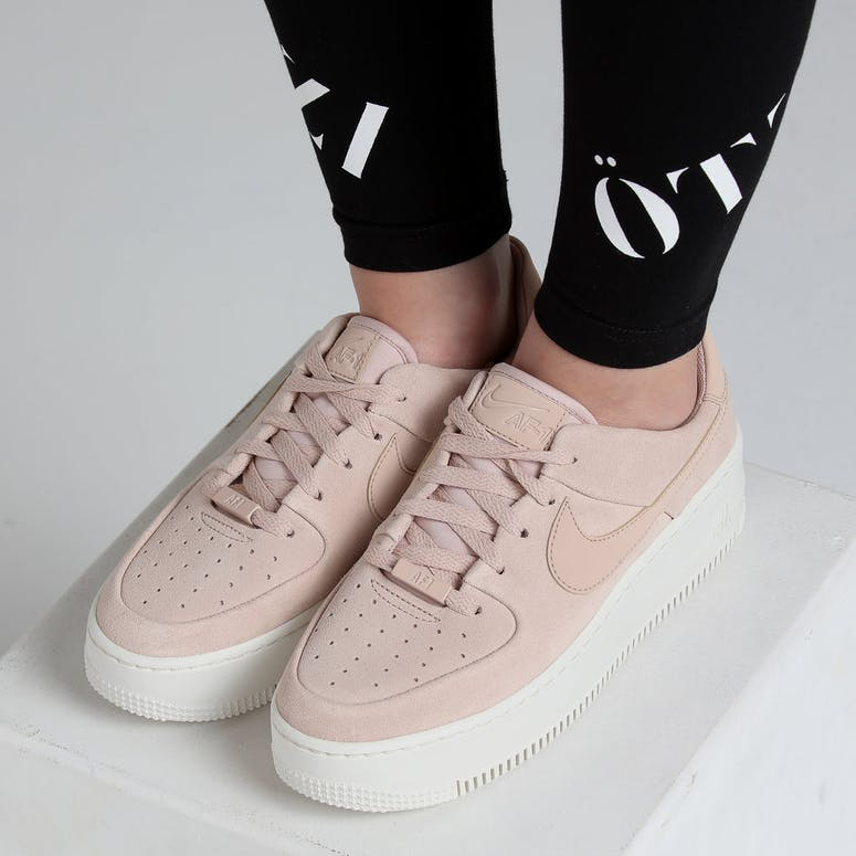 4969ffdf7d7 Nike Women s Air Force 1 Sage Low Beige White – Culture Kings