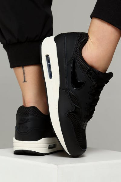 Nike Women s Air Max 1 Black Black White 5081ca1d9