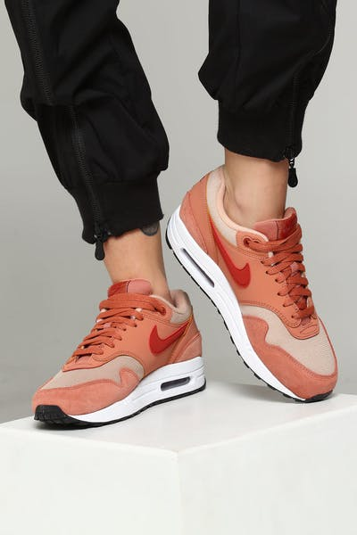 sale retailer 47d28 39aa0 Nike Women s Air Max 1 Blush