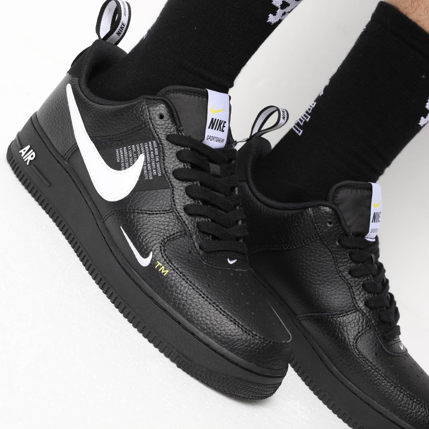 nike air force 1 07 lv8 utility ps