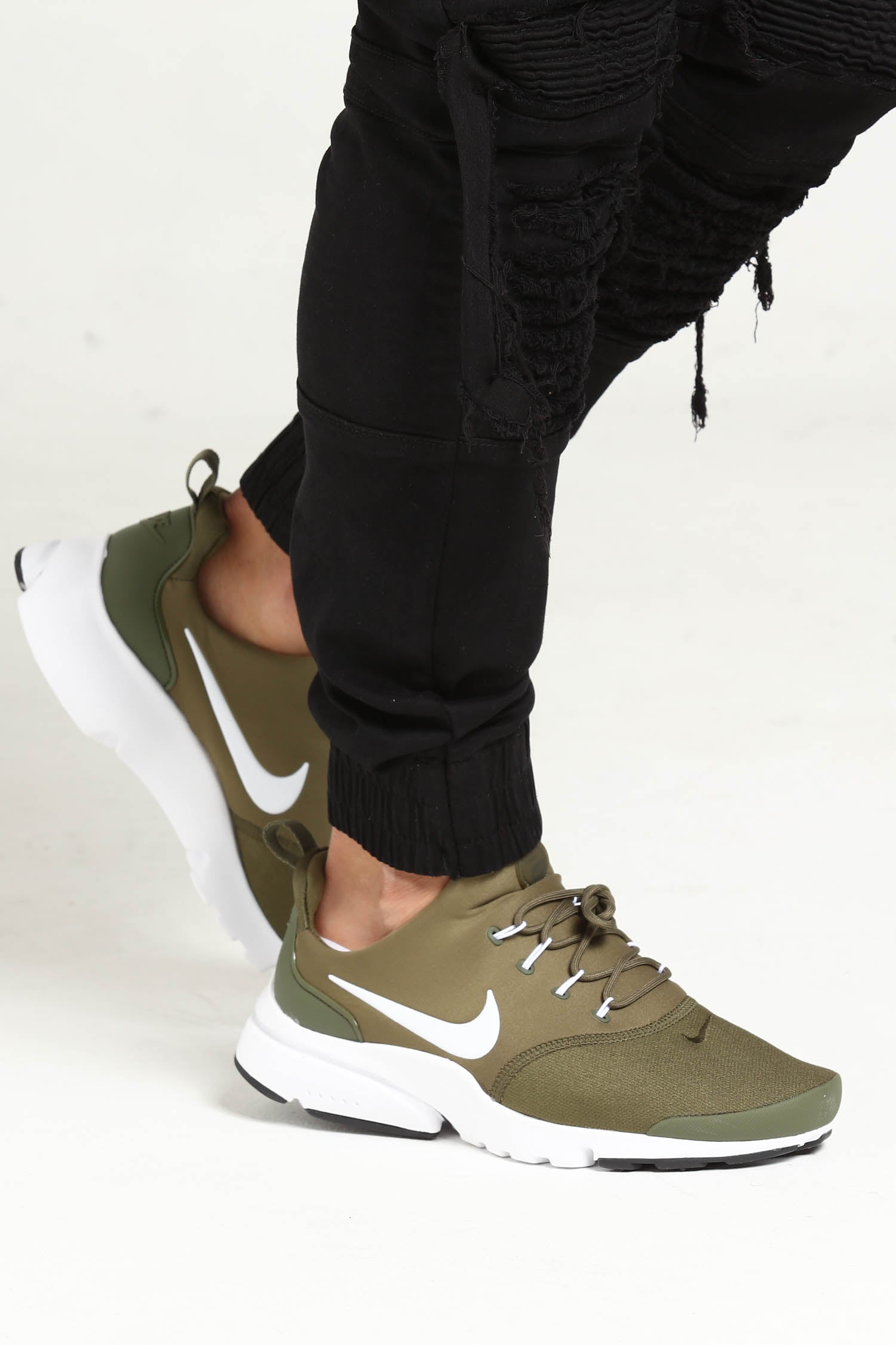 NIKE PRESTO FLY ALL OLIVE GREEN WOMENS SHOES NEW Brand new
