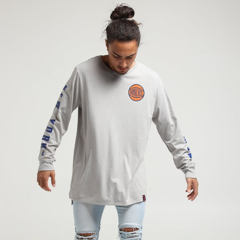Nike New York Knicks City Edition Long Sleeve Dri-Fit Tee White