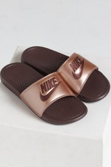 "NIKE WOMEN'S BENASSI ""JUST DO IT."" BRONZE"